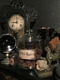 Large Antique Jar of Old Dried Witch Burrs Vintage Apothecary Witchcraft Herbs Gothic Aesthetic, Slytherin Aesthetic, Witch Aesthetic, Aesthetic Art, Vintage Halloween Decorations, Halloween Home Decor, Halloween House, Victorian Halloween, Witch Cottage