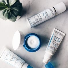 Every day, pollution, stress, cold weather, etc. disrupt the skin's cellular activity. With #hydrabio by @bioderma_belgium your skin reactivates its natural hydration process 💧#biodermabelgium #bioderma
