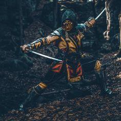 "Maul Cosplay (aka Ben) on Instagram: ""Felt cute, might delete later. 🦂☺️ Pic of course by @eosandy_  #mortalkombat #mortalkombat11 #mk #mk11 #warnerbros #scorpion #scorpionwins…"" Warrior 3, Shadow Warrior, Amazing Cosplay, Best Cosplay, Mi Images, Mortal Kombat X Wallpapers, Divas, Scorpion Mortal Kombat, Tomb Raider Cosplay"