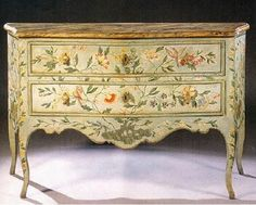The essence of frenchness Decoupage Furniture, Furniture Ads, Chalk Paint Furniture, Italian Furniture, Hand Painted Furniture, French Furniture, Refurbished Furniture, Shabby Chic Furniture, Furniture Makeover