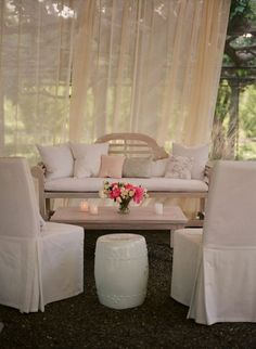 I love the idea of a lounge at the wedding reception/cocktail hour (outdoor)
