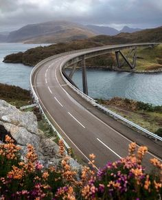 Discover the North Coast 500 highlights including 20 unforgettable experiences you won't want to miss. The best things to do on the Scotland Road Trip, Scotland Travel, North Coast 500 Scotland, Walking Routes, Inverness, Travel Inspiration, Things To Do, Places To Visit