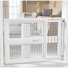 $39.99  Safety 1st Lift & Lock Security Gate