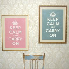 i like the wallpaper...i think i will have this in my future dream home.<3