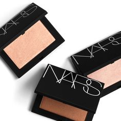 NARS' new Highlighting Powders : Review and Swatches