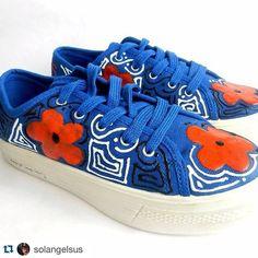 #instagramELE #zapatos  #Repost @solangelsus with @repostapp.  Zapatos pintados a mano. #alopanameño #alopanameñotamasbueno #panama #pty #fiestaspatrias #zapatosnuevos #zapatos #shoes #fwp #fashionweekpty