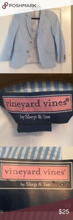 Vineyard Vines Seersucker Blazer Preppy blazer at its best. Blue and white seersucker with two buttons. Breaks new with tags. Vineyard Vines Jackets & Coats Blazers
