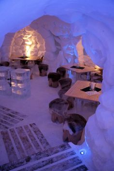IgluLodge is an ice hotel located on the Nebelhorn, a high mountain in the Allgäu Alps near Oberstdorf, Germany / Travel Europe / http://www.iglu-lodge.de/