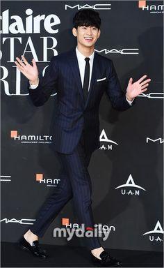 cool Kim Soo Hyun – Marie Claire Asia Star Awards (04.10.2014)