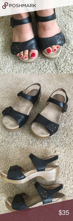 """Dansko Sonnet black Leather wedge sandals 38/8 Classic and comfortable Dansko Sonnet black Leather 2"""" wedge sandals in a size 38/7.5 with Velcro straps for a great adjustable fit. I wore these while I was pregnant and my feel would swell. The arch support in Dansko shoes is amazing. Dansko Shoes Sandals"""