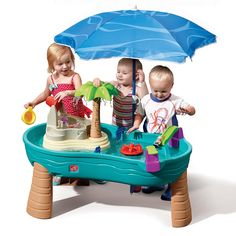 Ahoy matey, it's time to set sail! Mini sailors will have hours of sensory play fun with the Splish Splash Seas Water Table with Umbrella by Step2. Little ones can stay cool underneath the umbrella of this kid's water table as they splash around. This outdoor activity table has plenty of water-ific features and accessories that will encourage active imaginations and enhance fine motor skills.