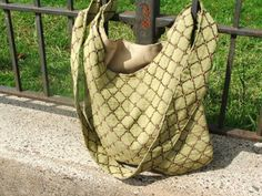 Sling cross body purse  Montreal by juEller on Etsy, $35.00