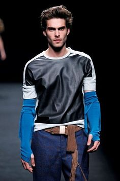 Свитер от Brain@Beast (трафик) / Свитер / Модный сайт о стильной переделке одежды и интерьера