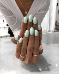 "Our new favorite nude is called ""Volume IV"" Our new favorite nude is called Vol. Our new favorite nude is calle. Light Colored Nails, Light Nails, Cute Nails, Pretty Nails, My Nails, Oval Nails, Summer Acrylic Nails, Pastel Nails, Summer Nails"