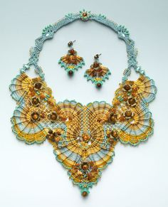 http://bnb.jewelrymakingmagazines.com/~/media/images/Bead%20Dreams/2014/The%20Set%20Rocaile