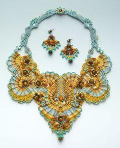 http://bnb.jewelrymakingmagazines.com/~/media/images/Bead%20Dreams/2014/The%20Set%20Rocaile