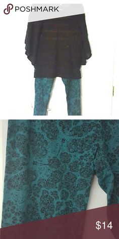 Lauren Conread Collection (Kohl's) Leggings Paisley black on dark teal leggings Good used condition, no damage Elastic Waist band, super comfortable Lauren Conrad  Pants Leggings