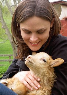emily deschanel interview (star of Bones and advocate for animal rights)