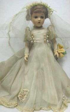 "482: 21"" MADAME ALEXANDER COMPOSITION 'BRIDE' DOLL : Lot 482 Old Dolls, Antique Dolls, Vintage Dolls, Beautiful Dolls, Beautiful Bride, Vintage Madame Alexander Dolls, Bride Dolls, Creepy Dolls, Little Doll"