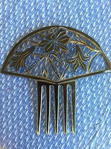 Very large, Ornate and Mint antique Hair Comb!
