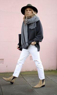 Com o Inverno chegando, a peça mais confortável do nosso guarda-roupa é um Moletom, mas para montar um look moderno e estiloso, você precisa tomar alg...