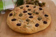 #focaccia #olives #rosemary #cinemam #recipeoftheday https://www.facebook.com/Cinemam/photos/a.161539577389839.1073741828.161466250730505/202397819970681/?type=1&theater