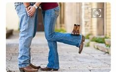 Cute country couple maternity pics Country Maternity, Cute Country Couples, Cute N Country, Couple Maternity, Baby Gender Reveal Party, Pregnant Couple, Baby Family, Rainbow Baby, Reveal Parties