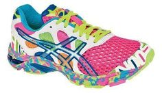 Women's ASICS GEL-Noosa Tri 7 Running Shoe The text is glow in the dark for night runners, the netting on the toe is so you have ventilation and don't have to wear socks, especially great for triathlon runners. Crazy Shoes, New Shoes, Me Too Shoes, Zumba Shoes, Running Shoes, Running Gear, Look Good Feel Good, Look Cool, Asics Gel Noosa