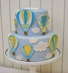 Up Up and Away Baptism by Francisca Neves from Cupcake Baby Cakes, Baby Shower Cakes, Creative Food Art, Creative Cakes, Balloon Cake, Air Balloon, Cloud Cake, Cupcake, Baby Shower Yellow