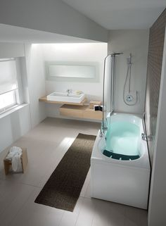 384 Combi Unit: Everyone Can Enjoy It As Either A Bathtub Or A Shower #