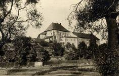 Fotogalerie   Slezskoostravský hrad - Ostrava Cabin, House Styles, Painting, Decor, Art, Pictures, Art Background, Decoration, Cabins