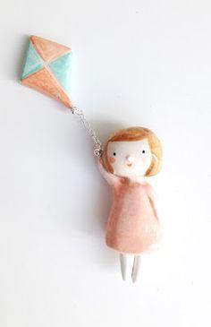 cometa / kite  by ploudoll - handmade clay   #clayminiatures #kite #cometa #ploudoll #handmade