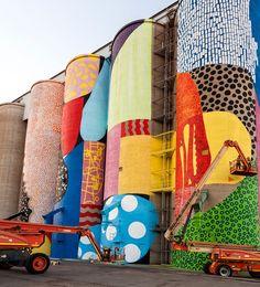 HENSE completes giant grain silos mural in western australia Murals Street Art, Graffiti Murals, Street Art Graffiti, Grain Silo, Barn Art, Mural Wall Art, Public Art, Public Spaces, Outdoor Art