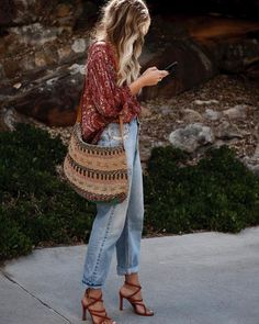 20 perfect fall bohemian street style outfits - boho fashion ideas to wear every. - 20 perfect fall bohemian street style outfits – boho fashion ideas to wear everyday autumn – Bo - Street Style Outfits, 30 Outfits, Mode Outfits, Fashion Outfits, Boho Chic Outfits Summer, Hippie Chic Outfits, Fashion Ideas, Fashion Clothes, Fashion Hats