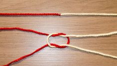 Invisible Knot or Surgeon to join Wool. Joining Yarn Crochet, Knit Or Crochet, Crochet Crafts, Knitting Stitches, Knitting Patterns, Magic Knot, Crochet Instructions, Crochet Videos, Crochet Basics