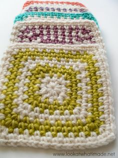 Linen Stitch Granny Square Pattern   These striped, linen stitch crochet granny squares would be a great start to a crochet blanket pattern.