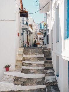 A Guide to Skopelos Vacation Places, Vacation Trips, Dream Vacations, Skopelos Greece, Skiathos, World Of Wanderlust, Greece Travel, Greece Trip, Greece Islands