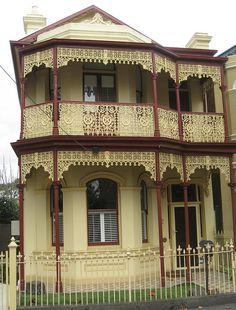 I want this house! victorian-decor: A Victorian Terrace House - Flemington (by Folk Victorian, Victorian Style Homes, Victorian Decor, Australian Architecture, Australian Homes, Melbourne Architecture, Residential Architecture, Melbourne Suburbs, Victorian Terrace House