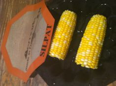 Perfect NO-BOIL Corn on the Cob... So EASY, you will love how much time and aggravation this saves!!! Place Large Round Mold on microwave safe plate. Add corn and cover with Octagonal Silpat. Cook on High power for 2 minutes per cob. Demarle at Home - Makers of the Award Winning Silpat ~ www.mydemarleathome.com/ronda