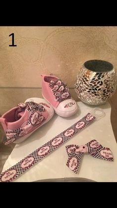 Deluxe Designer Babysets / Babyshower / Strassschnuller gr.9-12 monate für Mädchen / Girls Baby Shoes /  rhinestone pacifiers