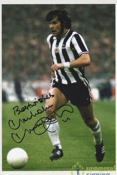 "Malcolm Macdonald Newcastle United Hand Signed x Photo. Item Signed ""Best Wishes"". Malcolm Macdonald, Newcastle United Football, Sonic The Movie, St James' Park, Soccer Stars, Football Pictures, Vintage Football, Saint James, World Star"