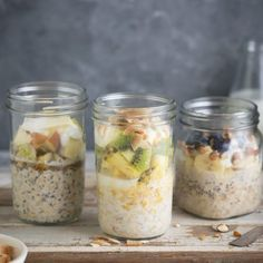 3 recipes to make delicious overnight oats and they can all be vegan. Mousse, Fish Pie, Zucchini Fritters, Overnight Oats, Tray Bakes, Brunch Recipes, Food To Make, Vegan Breakfast, Oatmeal