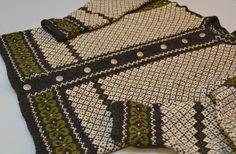 Men's Norwegian Wool Sweater Vintage Handknit by Day17Vintage