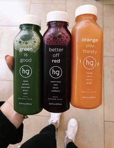 Juicing is a tremendous method to bring a brand-new sense of health and vigor to your life. Knowing the very best juice mixes for ideal health is key to. Healthy Juices, Healthy Smoothies, Healthy Drinks, Smoothie Recipes, Healthy Snacks, Healthy Eating, Healthy Recipes, Yummy Drinks, Yummy Food