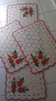 51 Ideas Crochet Christmas Tablecloth Projects For 2019 Filet Crochet, Crochet Motif, Crochet Doilies, Crochet Flowers, Crochet Patterns, Crochet Kitchen, Crochet Home, Crochet Gifts, Crochet Baby