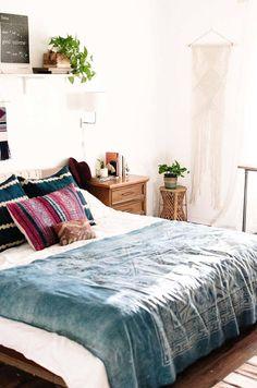 Mid-Century-Modern-Bedroom-12-1-Kindesign.jpg (800×1208)