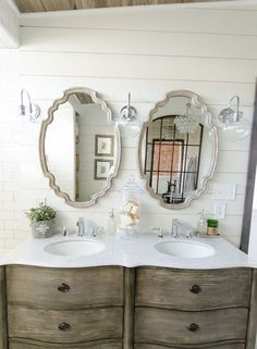 Stunning 75 Rustic Farmhouse Bathroom Makeover Ideas https://roomodeling.com/75-rustic-farmhouse-bathroom-makeover-ideas