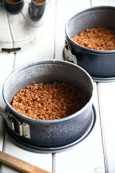 Herkullinen punaherukka-juustokakku - Suklaapossu Tex Mex, Dog Food Recipes, Cereal, Oatmeal, Breakfast, The Oatmeal, Morning Coffee, Rolled Oats, Dog Recipes