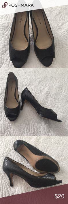Ladylike peep toe heels I haven't worn them once this year so out they go! Soft moc crock patterned leather in rich brown. Very little wear - a slight snag in the leather of one heel - not noticeable when wearing. A comfortable size 7. Ellen Tracy Shoes Heels