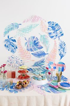 Bring the tropics to your party space with these cute ideas.